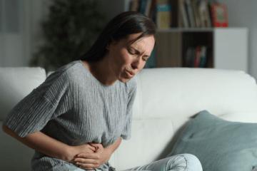 Что вызывает боль в желудке ночью и как ее предотвратить?